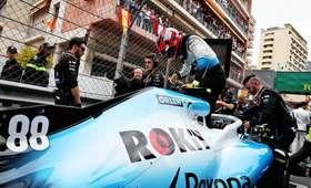 Williams przedłużył umowę z firmą ROKiT
