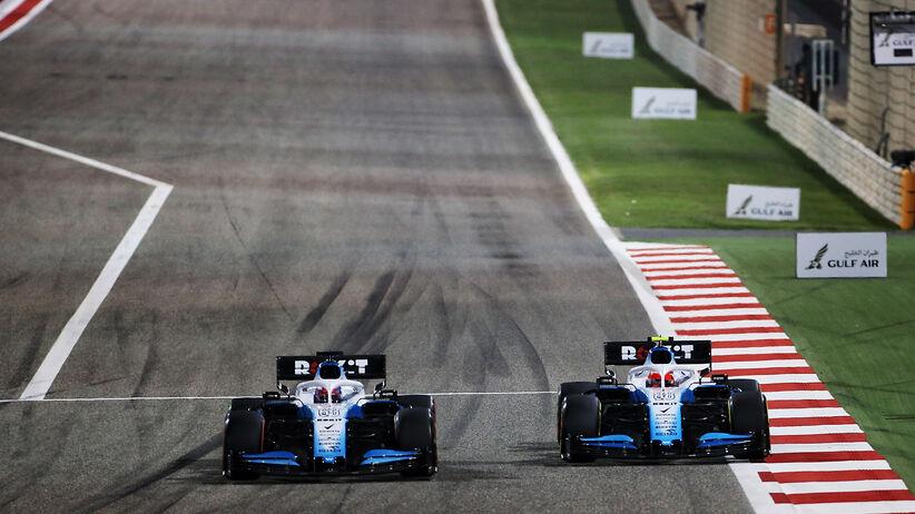 Robert Kubica weźmie udział we wtorkowych testach w Bahrajnie