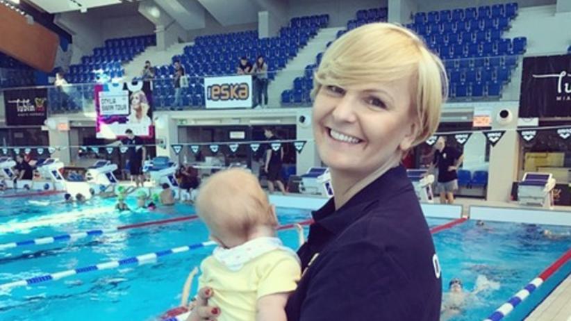 Otylia Jędrzejczak zabrała kilkumiesięczną córkę na basen [ZDJĘCIA]