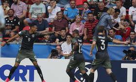 Cztery gole w meczu Anglia - Niemcy, finalistę MME 2017 wyłoniły karne!