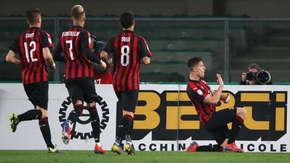 Gol Krzysztofa Piątka w meczu Chievo - Milan