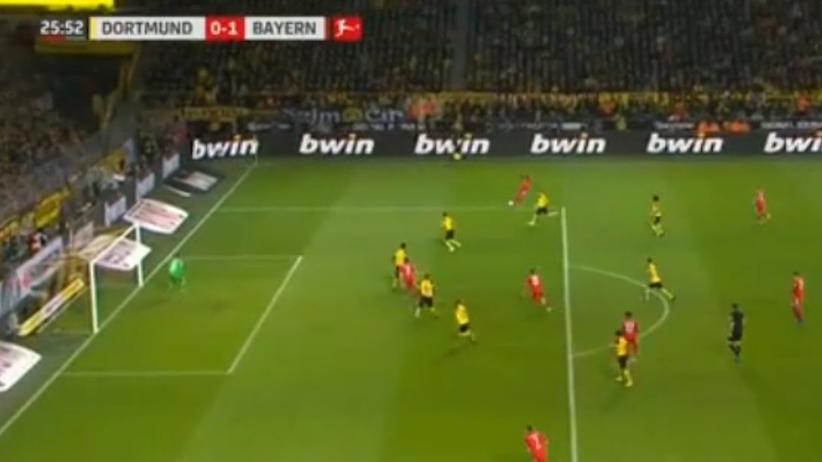 Dwa gole Lewandowskiego nie wystarczyły, Borussia lepsza od Bayernu [WIDEO]
