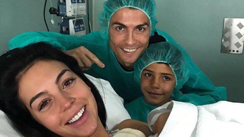 Dziewczyna Ronaldo urodziła! To jego czwarte dziecko [ZDJĘCIA]