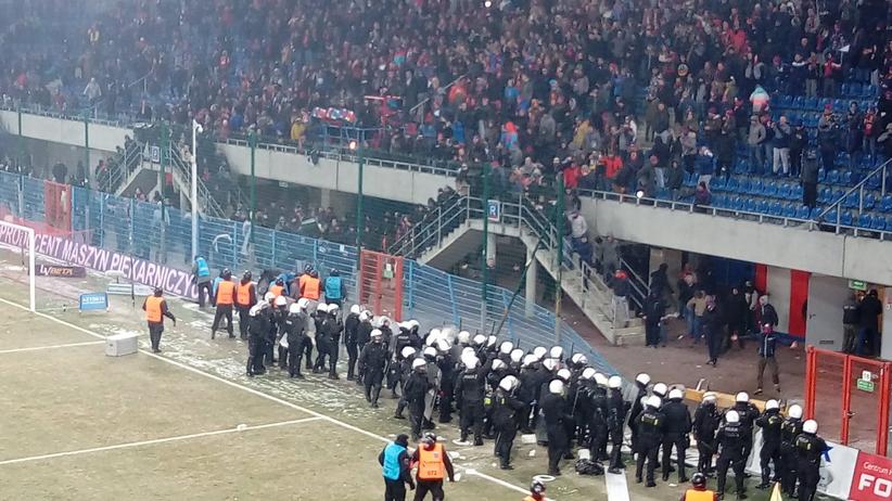 skandal podczas meczu Piasta Gliwice z Górnikiem Zabrze