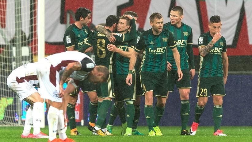 Ekstraklasa: Pewna wygrana Śląska, dwa gole Robaka