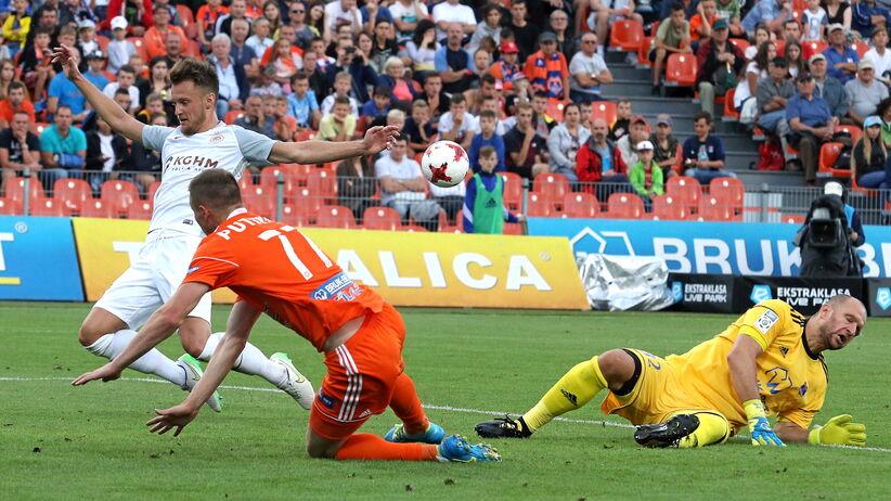 Ekstraklasa: Remis na początek kolejki, gol w ostatniej akcji meczu