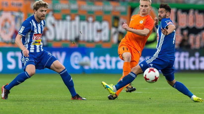 Ekstraklasa : dwa gole Kante dały zwycięstwo Wiśle Płock