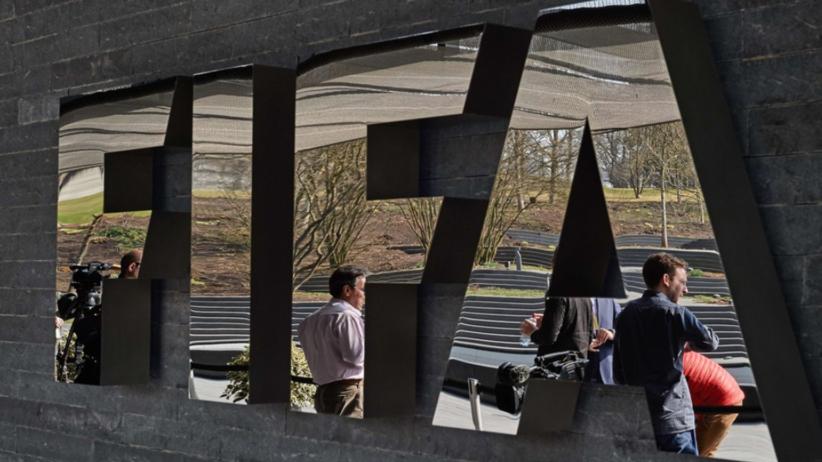 FIFA grozi piłkarskiej potędze wykluczeniem z mundialu