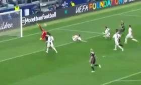 Genialne parady Szczęsnego z meczu Juventus - Ajax