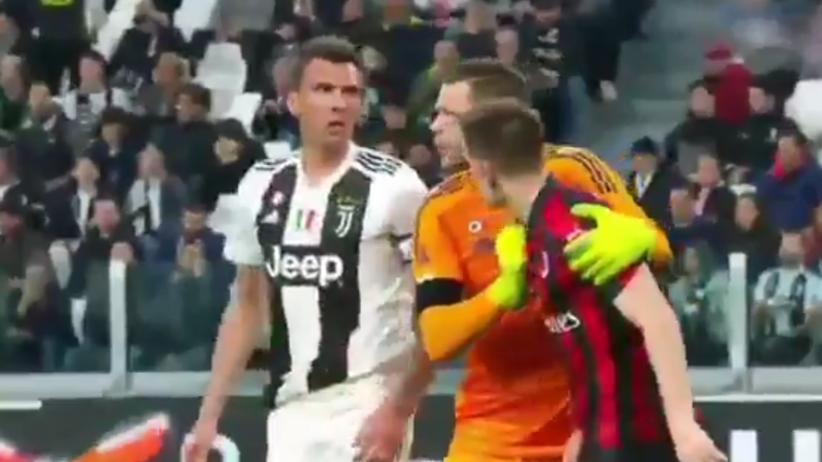 Juventus - Milan: Szczęsny stanął w obronie Piątka [WIDEO]