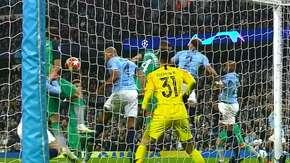 Kontrowersyjny gol Llorente
