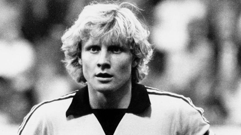 Manfred Burgsmueller nie żyje - jeden z najskuteczniejszych piłkarzy Bundesligi