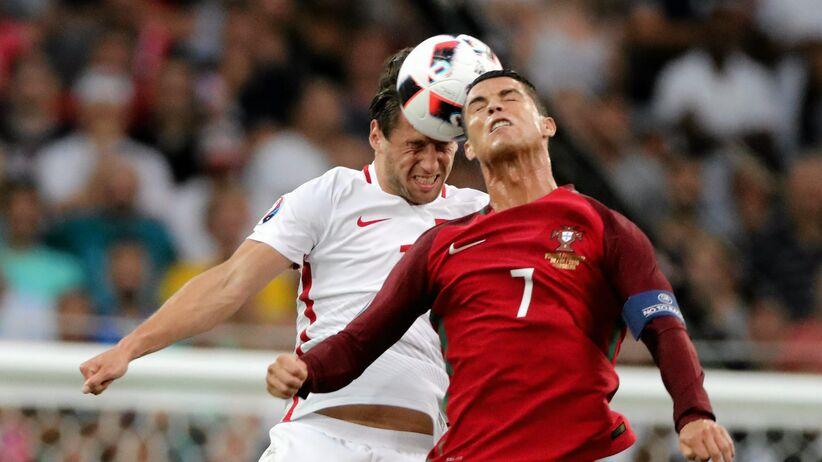 Grzegorz Krychowiak i Cristiano Ronaldo