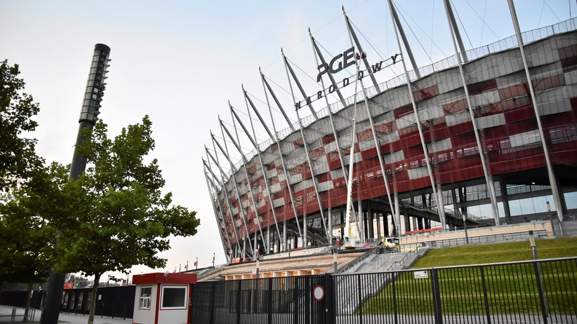 Polska - Czarnogóra: Mecz na PGE Narodowym przy zamkniętym dachu