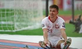 Malowana trawa w meczu Polska - Łotwa
