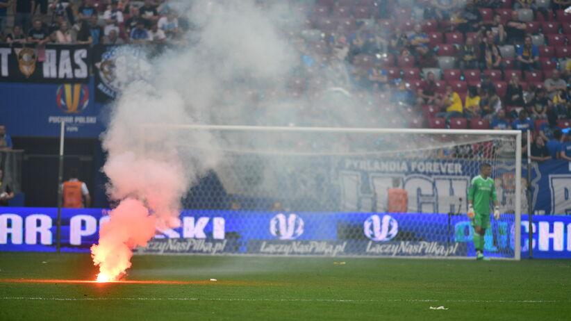 Raca na murawie w finale Pucharu Polski Arka - Legia