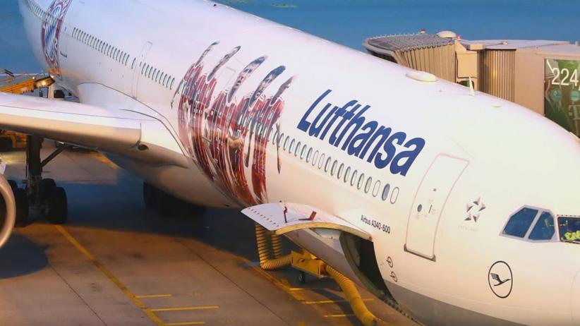 Wizerunek Roberta Lewandowskiego na samolocie Lufthansy [ZDJĘCIA]