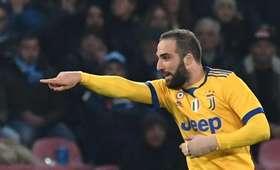 "Serie A: Pierwsza przegrana Napoli, Higuain bohaterem ""Juve"""