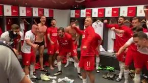 Śpiewy i tańce w szatni reprezentacji Polski po meczu z Izraelem [WIDEO]