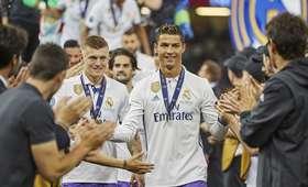 Toni Kroos i Cristiano Ronaldo
