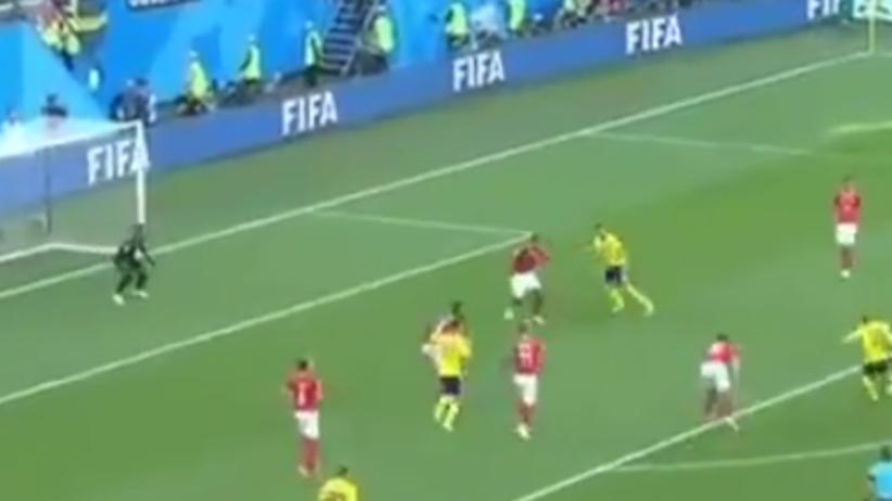 Gol Szwedów w meczu ze Szwajcarią