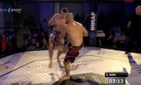 MMA: Polak złamał rywalowi piszczel! Koszmarny finał walki [WIDEO]
