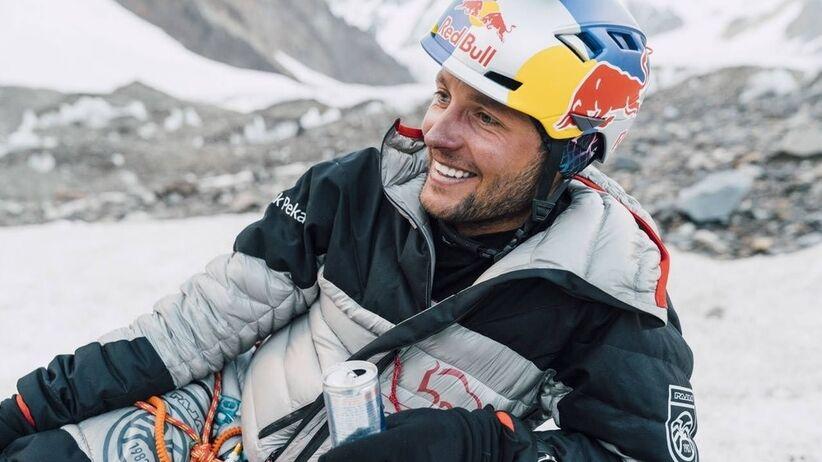 Andrzej Bargiel chce zjechać z Mount Everestu