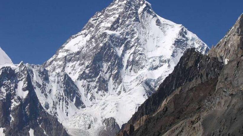 Wyprawa na K2. Szczęśliwe informacje z bazy