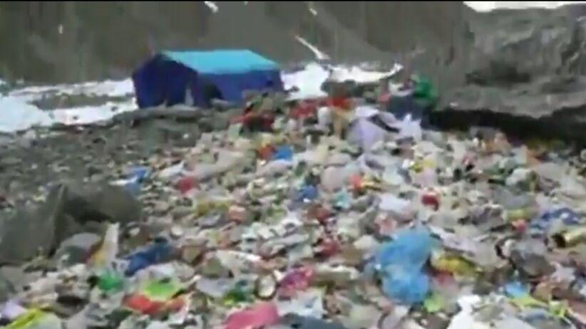 To nie polscy himalaiści ponoszą winę za śmietnik w bazie pod K2