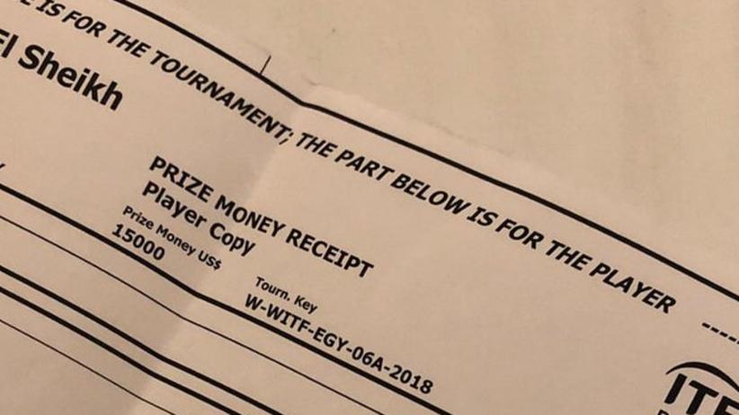 """Tenisistka pokazała czek za udział w turnieju w Egipcie. """"Tenisiści są bogaci"""" [ZDJĘCIE]"""