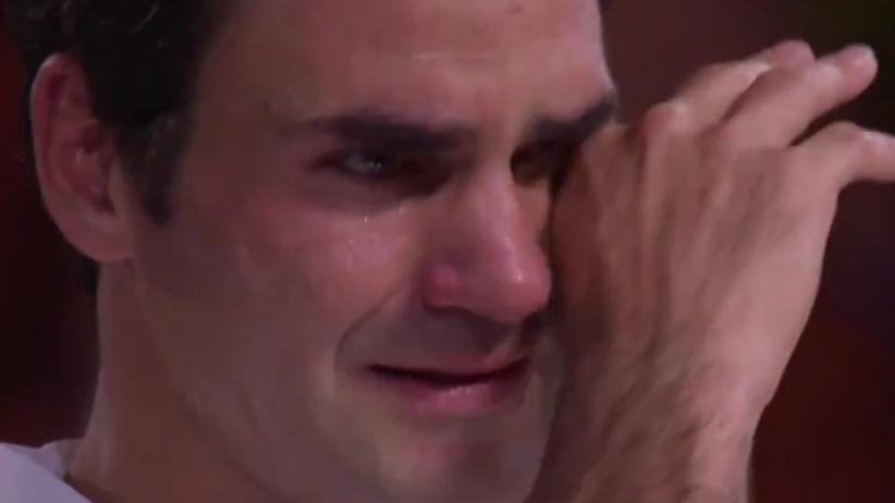 Roger Federer nie wytrzymał. Wzruszające nagranie z ceremonii! [WIDEO]
