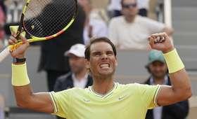 Roger Federer - Rafael Nadal: kiedy odbędzie się półfinał French Open 2019? [TRANSMISJA, WYNIK MECZU]