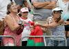 Dwie starsze kobiety poszarpały się o opaskę Sabalenki