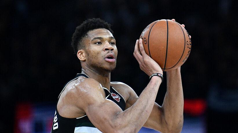 Koszykarze NBA opłacają pensję pracownikom hal