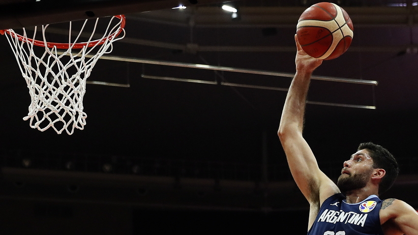 Polacy w ćwierćfinale MŚ koszykarzy