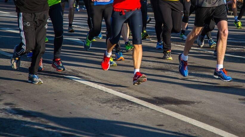 Były maratończyk sprzedał swoje stare buty za 50 tysięcy dolarów