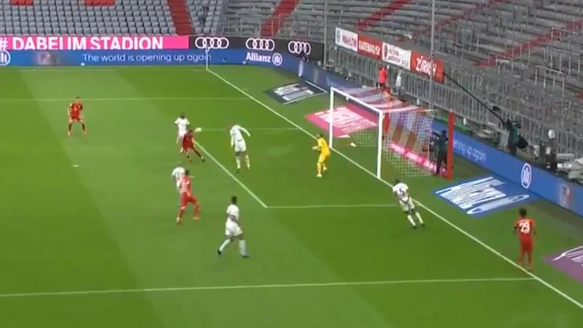 Lewandowski - gol Bayern - Eintracht