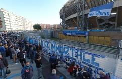 Napoli żegna Diego Maradonę (7)
