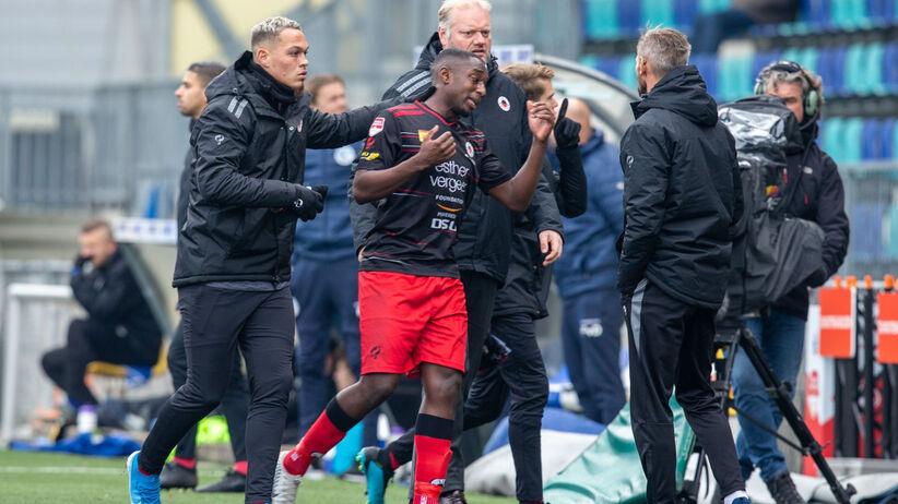 Minuta przeciwko rasizmowi w Eredivisie