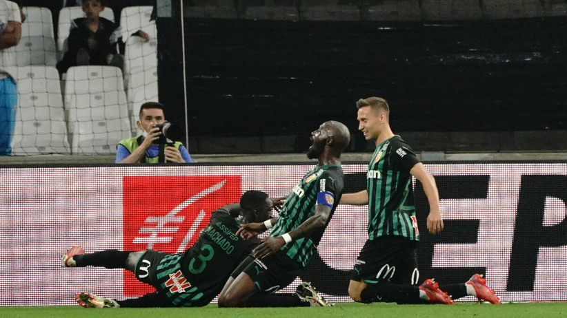 Przepiękne trafienie Polaka wybrane golem miesiąca w Ligue 1 [WIDEO]