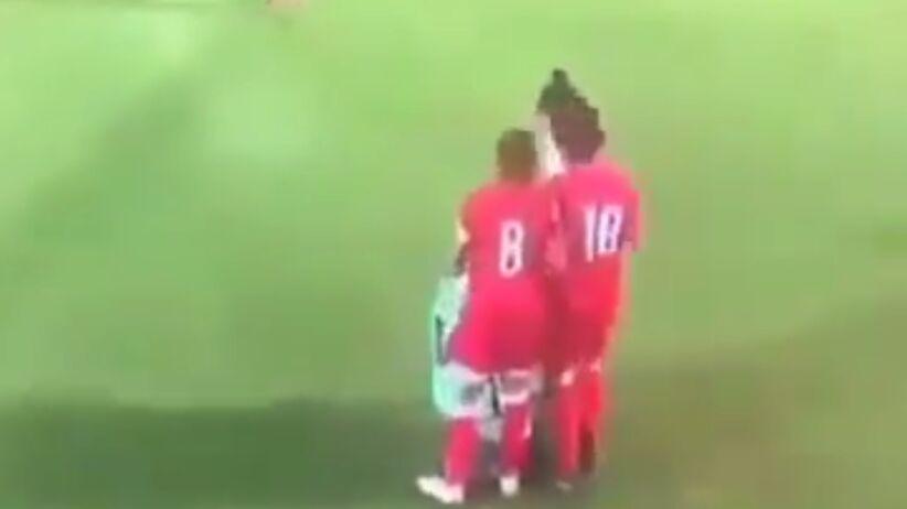 Piłkarce spadł hidżab podczas meczu