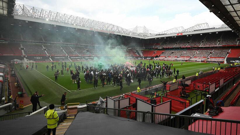 Mecz Manchester United - Liverpool przełożony