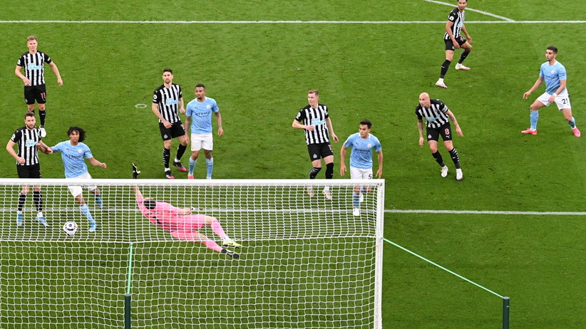 Newcastle - Manchester City WYNIK. Popis Torresa. Hat-trick i piękna bramka Hiszpana