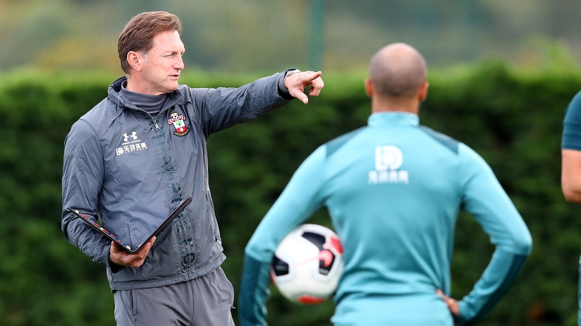 Premier League: Trener Bednarka prosi o wybaczenie