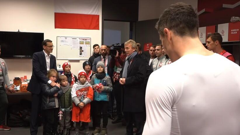 Premier Mateusz Morawiecki oczekuje raportu ws. mourawy na PGE Narodowym