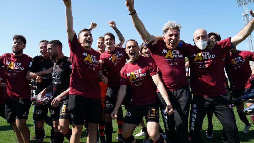 Salernitana awansowała do Serie A. W składzie trzech Polaków