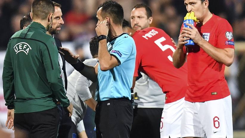 Skandal podczas meczu Bułgaria - Anglia. Trener podał się do dymisji