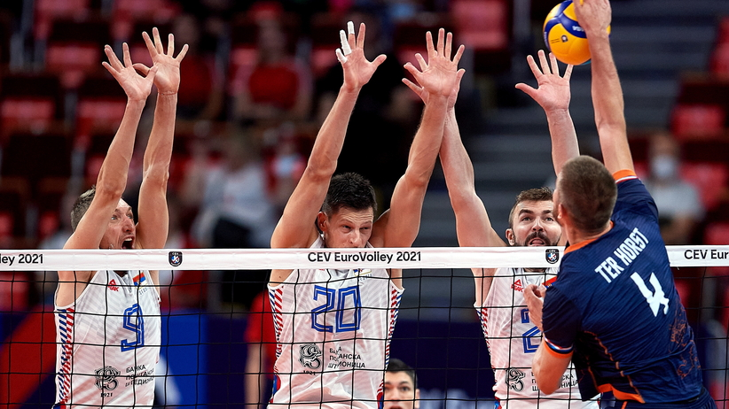 Serbia w półfinale ME siatkarzy