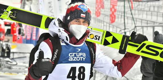 Skoki w Lahti 2021: Kiedy i o której godzinie konkursy? [PROGRAM]