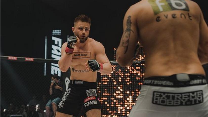 Fame MMA 11 KARTA WALK